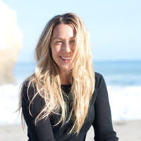 Book Colbie Caillat for your next corporate event, function, or private party.