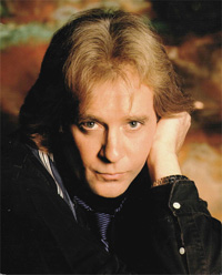Book Eddie Money for your next corporate event, function, or private party.