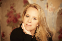 Book Mary Chapin-Carpenter for your next corporate event, function, or private party.
