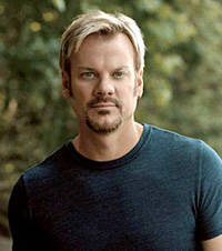 Book Phil Vassar for your next corporate event, function, or private party.