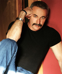 Book Aaron Tippin for your next corporate event, function, or private party.