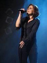 Book Alison Moyet for your next corporate event, function, or private party.