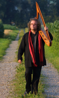 Book Andreas Vollenweider for your next corporate event, function, or private party.