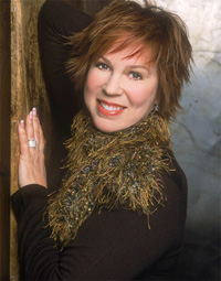 Book Vicki Lawrence for your next corporate event, function, or private party.