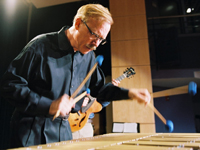 Book Gary Burton for your next corporate event, function, or private party.