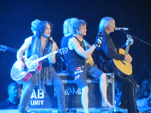 Book Def Leppard for your next corporate event, function, or private party.