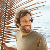 Book Jack Johnson for your next corporate event, function, or private party.