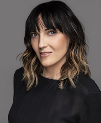 Book Jen Kirkman for your next corporate event, function, or private party.