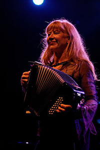 Book Loreena McKennitt for your next corporate event, function, or private party.
