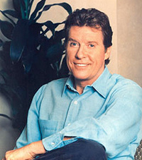 Book Michael Crawford for your next corporate event, function, or private party.