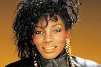 Book Stephanie Mills for your next corporate event, function, or private party.