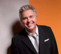 Book Steve Tyrell for your next corporate event, function, or private party.