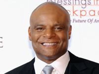Book Warren Moon for your next corporate event, function, or private party.