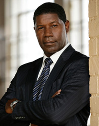 Book Dennis Haysbert for your next corporate event, function, or private party.