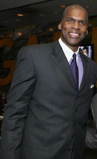 Book Robert Parish for your next corporate event, function, or private party.