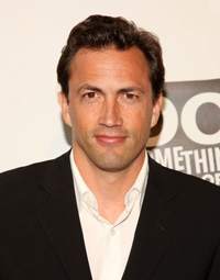 Book Andrew Shue for your next corporate event, function, or private party.