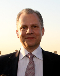 Book Arthur Sulzberger, Jr. for your next corporate event, function, or private party.