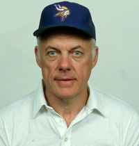 Book Bud Grant for your next corporate event, function, or private party.