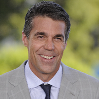 Book Chris Fowler for your next corporate event, function, or private party.