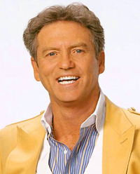 Book Larry Gatlin for your next corporate event, function, or private party.