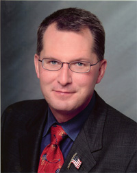 Book Dave Pelzer for your next corporate event, function, or private party.