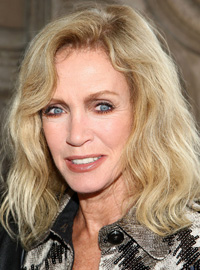 Book Donna Mills for your next corporate event, function, or private party.