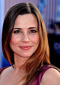 Book Linda Cardellini for your next corporate event, function, or private party.