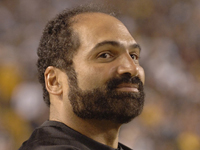 Book Franco Harris for your next corporate event, function, or private party.