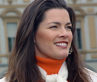 Book Nancy Kerrigan for your next corporate event, function, or private party.