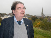 Book John Hume for your next corporate event, function, or private party.
