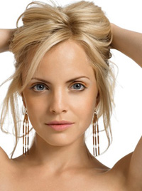 Book Mena Suvari for your next corporate event, function, or private party.