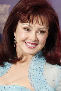 Hire Naomi Judd as