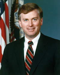 Book Dan Quayle for your next corporate event, function, or private party.