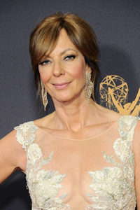 Book Allison Janney for your next corporate event, function, or private party.