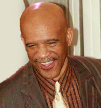 Book Drew Pearson for your next corporate event, function, or private party.