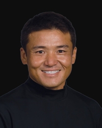 Book Shigeki Maruyama for your next corporate event, function, or private party.