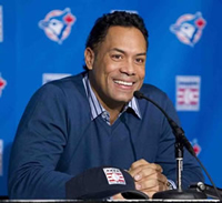 Book Roberto Alomar for your next corporate event, function, or private party.