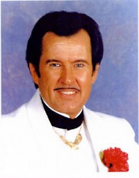 Book Rusty Davis - Tribute To Wayne Newton for your next corporate event, function, or private party.