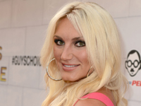 Book Brooke Hogan for your next corporate event, function, or private party.