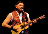 Book Ian Anderson for your next corporate event, function, or private party.
