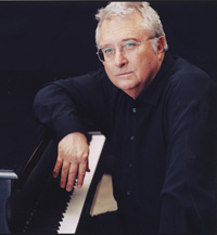 Book Randy Newman for your next corporate event, function, or private party.