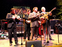 Book Del McCoury Band for your next corporate event, function, or private party.