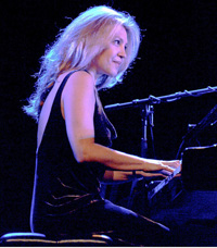 Book Eliane Elias for your next corporate event, function, or private party.
