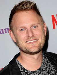 Book Bobby Berk for your next corporate event, function, or private party.