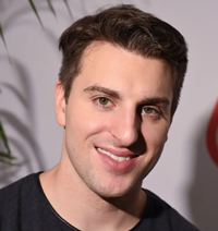 Book Brian Chesky for your next corporate event, function, or private party.