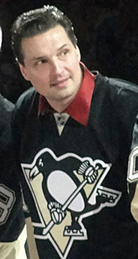 Book Eddie Olczyk for your next corporate event, function, or private party.