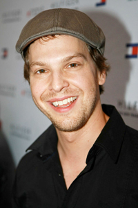 Book Gavin DeGraw for your next corporate event, function, or private party.