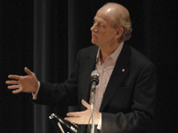 Book John Ralston Saul for your next corporate event, function, or private party.