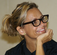 Book Amy Sedaris for your next corporate event, function, or private party.