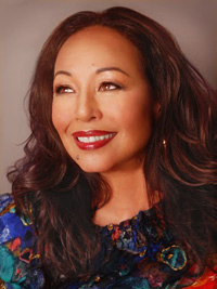 Book Yvonne Elliman for your next corporate event, function, or private party.